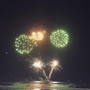 04_Fireworks